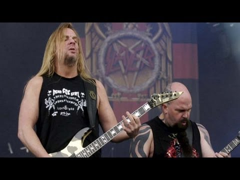 Jeff Hanneman of Slayer Dies: 5 Fast Facts You Need to Know