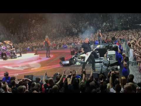 Battery - Metallica live in Copenhagen 2017 - World Wired Tour 2017 - Copenhagen