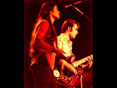 Looks Like Rain, 5/13/77 - Grateful Dead