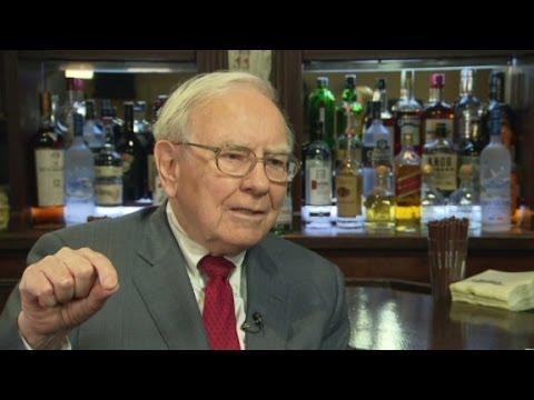 Buffett unsure about minimum wage hike