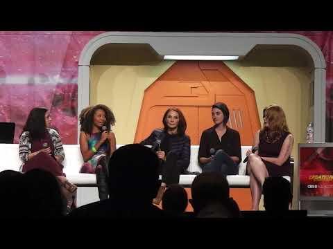 Gates McFadden and the Women in Star Trek panel at the 2017 Star Trek Convention