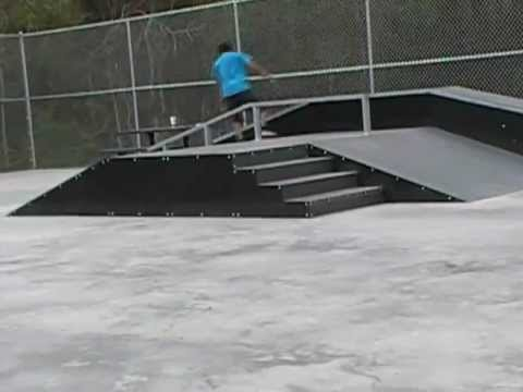 FREE SKATE PARK SWANSBORO NC MC Park 1 March 21 2012mpg - YouTube