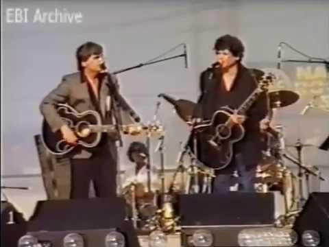 Everly Brothers International Archive :  Nashville Fan Fair (1988)