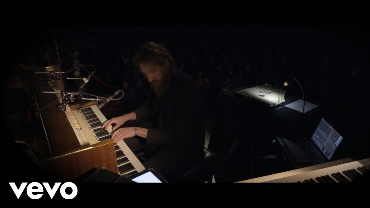 Joep Beving - Into The Dark Blue (Live at Concertgebouw, Amsterdam / 2019)