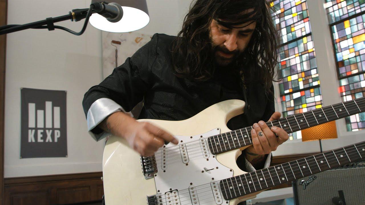 ギターインスト でもメタルやフュージョンではないやつ