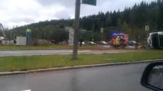 Kaatunut betoniauto Lielahden Nesteen risteyksessä