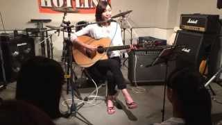 大好きな AJISAIの曲を演奏しました。おてやわらかにどうぞ。 2015.8.9 ...