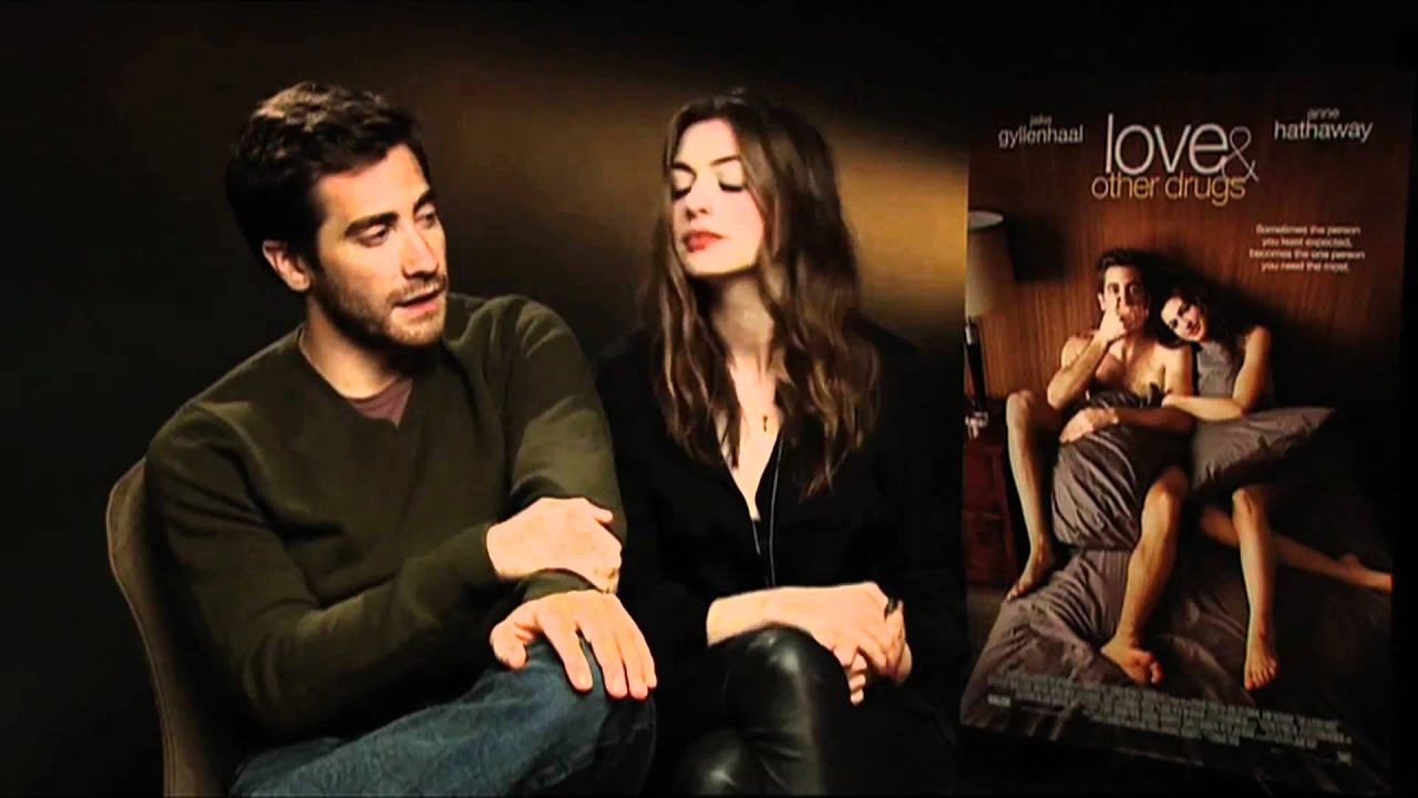 jake gyllenhaal and anne hathaway dating 2010