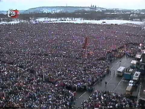 Druhá obří demonstrace na Letné (26.11.1989)