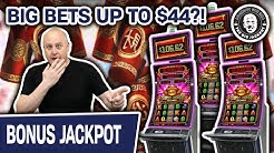 😲 BETS UP TO $44!? 💰 INCREDIBLE Zhen Chan SLOT Compilation