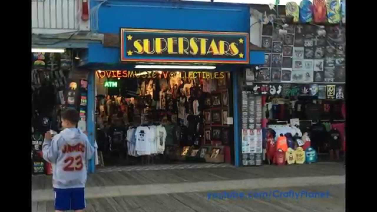 how many tee shirt shops are on the boardwalk in wildwood