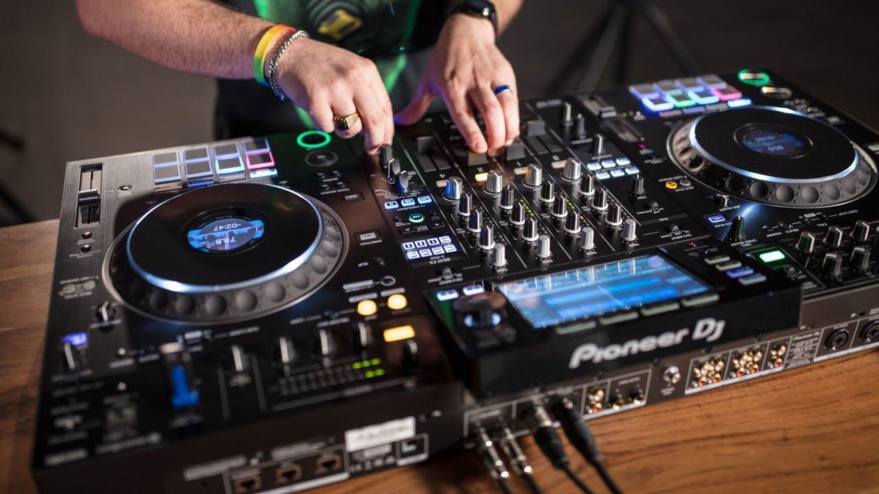 Pioneer DJ XDJ-XZ 4-Channel Standalone Controller | SALVA First Impressions