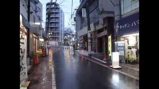 Rainy Side Street Near Oji Station 王子駅辺りの雨道 140606