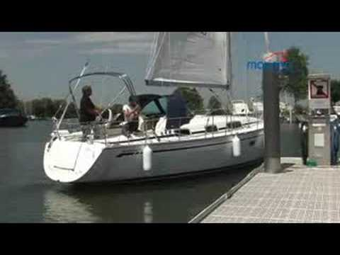 EXTURN bow thruster in action on a Bavaria 34