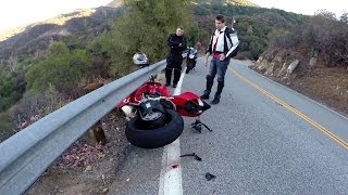 Ducati 1199s Panigale & CBR600RR Lowside On The Snake | Johnny5sWorld