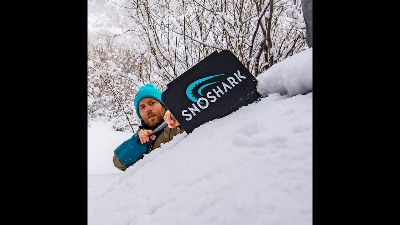 SnoShark® // Collapsible Snow + Ice Removal Tool video thumbnail