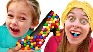 Das Lied über Schuhe aus Süßigkeiten   Deutsche Kinderlieder Maya und Mary
