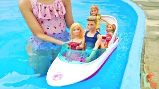 バービー プールでボート遊び イルカのボート / Barbie Dolphin Magic Ocean View Boat Playset thumbnail