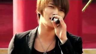 DBSK - Why Did I Fall In Love With You (Live at Universal Studios Japan).mp4
