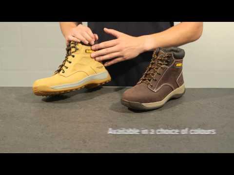 64ae31b8d34 Screwfix - DeWalt Bolster Safety Boots - YouTube