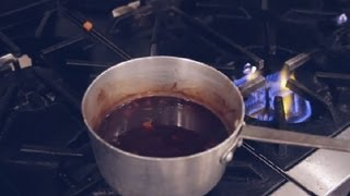 How To Make Red Wine Reduction Sauce : Italian Dishes