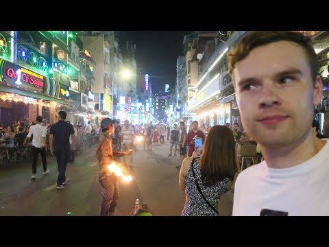 HO CHI MINH CITY (SAIGON) CRAZY NIGHTLIFE 🇻🇳