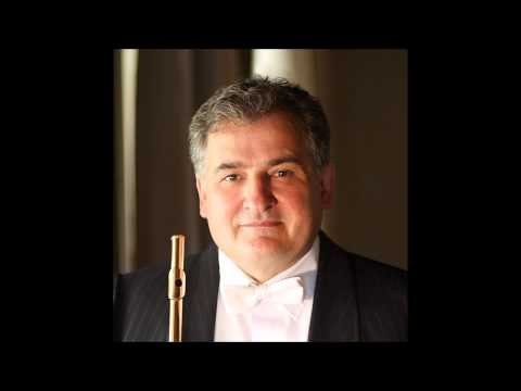 Mozart, Rondò for Flute K184. Flautista Claudi Arimany
