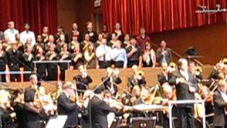 Chicago Symphony Orchestra Plays Us National Anthem
