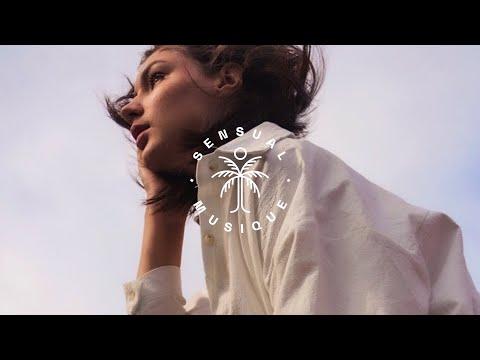 Blewbird – Time ft. Muna