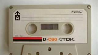 1981年頃。TEAC V-R1というカセットデッキでdbxをかけてTDKのD-C60とい...