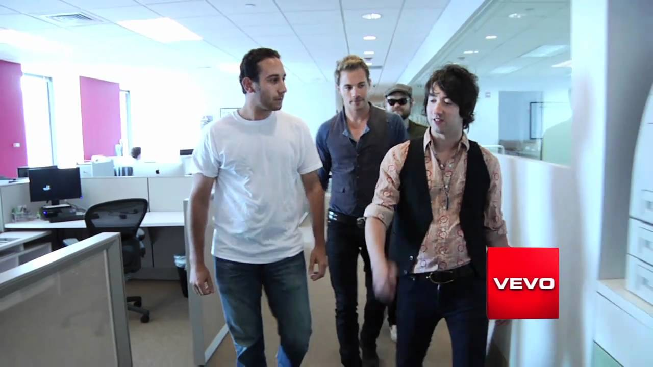 Plain White T's Visit the Vevo Offices