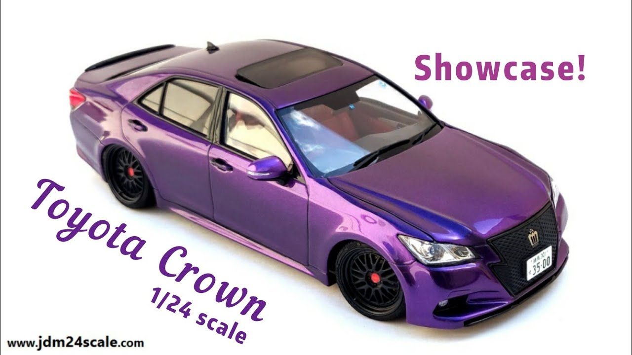 Finished Toyota Crown 1/24 scale: Showcase to display the true colour!