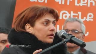 armtimes com/ Ապրիլյան քառօրյայի ժամանակ զոհվածի մայրը Միհրան Պողոսյանի քարոզարշավին