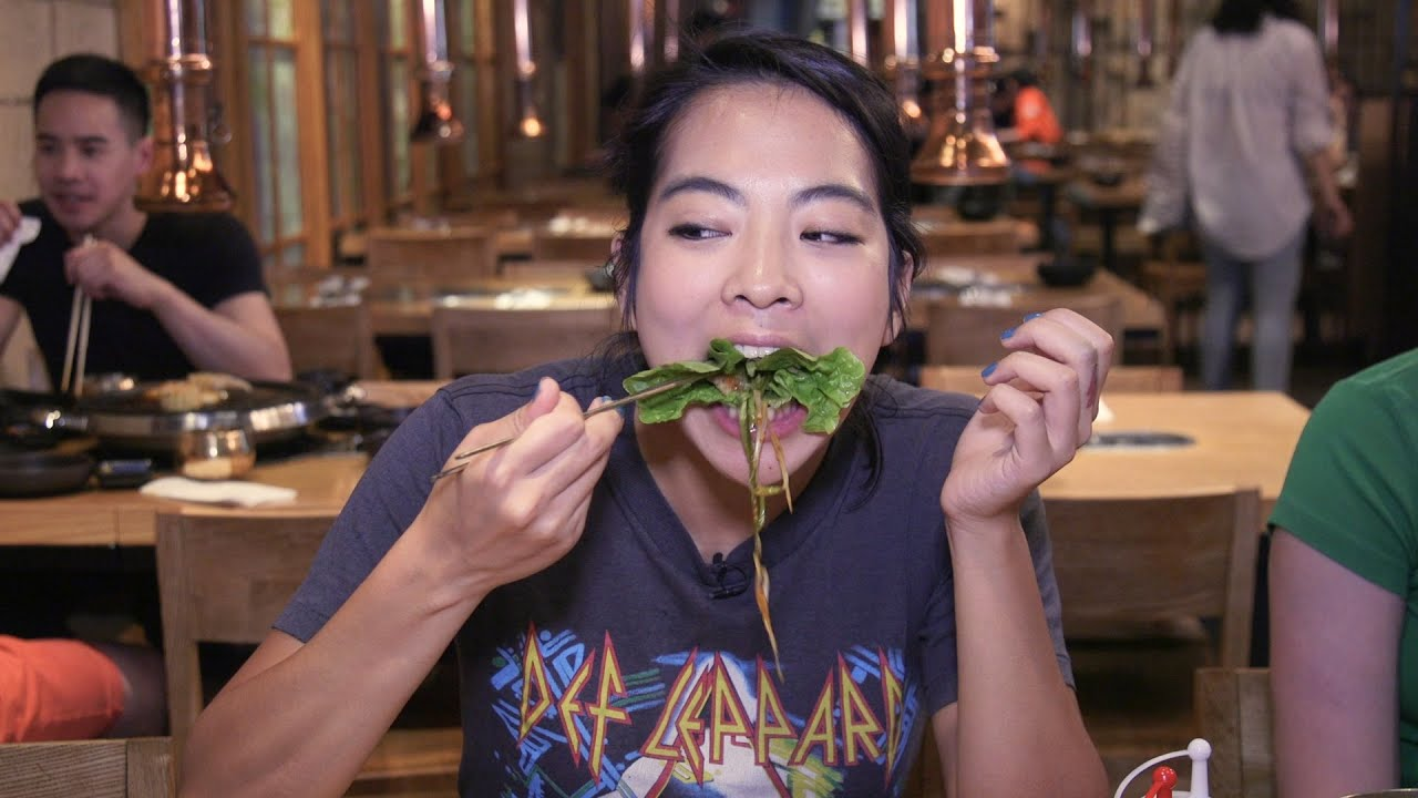 Video Youtube How To Eat Korean BBQ: A Beginner's Guide