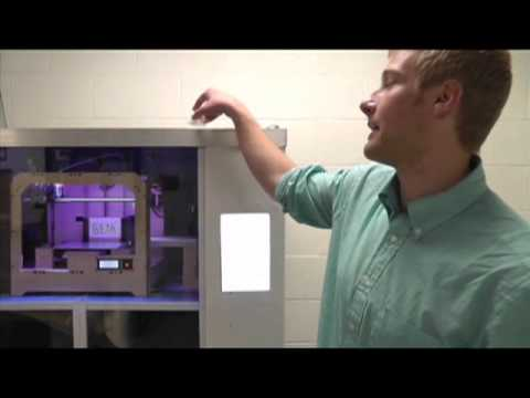 First Dreambox 3-D printer at UC Berkeley