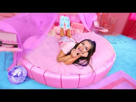 If I Lived in Barbies Dreamhouse! Barbies Night Routine!