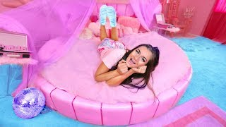 If I Lived in Barbie's Dreamhouse! Barbie's Night Routine!