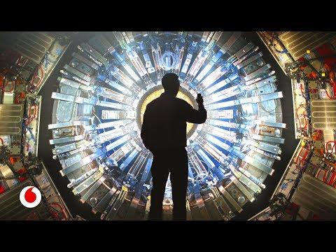 La Organización Europea para la Investigación Nuclear (nombre oficial), comúnmente conocida por la sigla CERN (sigla provisional utilizada en 1952, que responde al nombre en francés Conseil Européen pour la Recherche Nucléaire, es decir, Consejo Europeo para la Investigación Nuclear), es el mayor laboratorio de investigación en física de partículas del mundo.