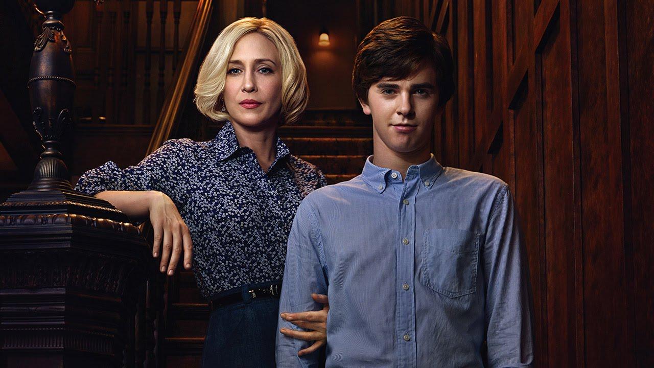 Bates Motel - Vera Farmiga, Freddie Highmore, Kerry Ehrin Season 3 ...