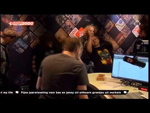 Jasper De Vries & Slayer fans gaan los op  Slayer - Angel Of Death tijdens de Top 2000