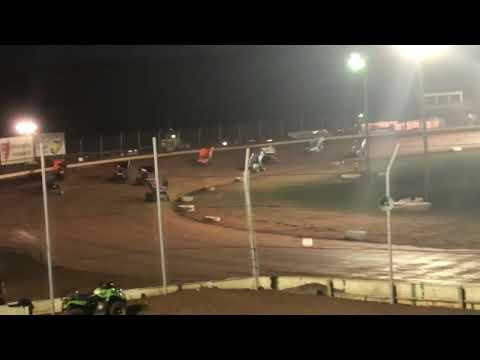 Brett Brunkenhoefer First time in full sprint- Sharon Speedway 410 B Main 8/4/18