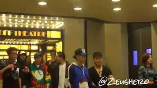 Jay Park & AOMG co leaving SMTM4 @ Best Buy Theater NYC 091215