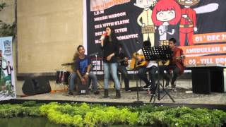 Paramore Night (First Perform) One way - Begitu Indah