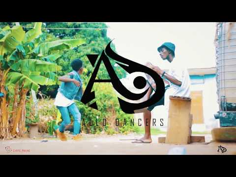 Tee Rhyme - Asankulele dance  cover  by   ALLO MAADJOA AND ALLO DANNY.