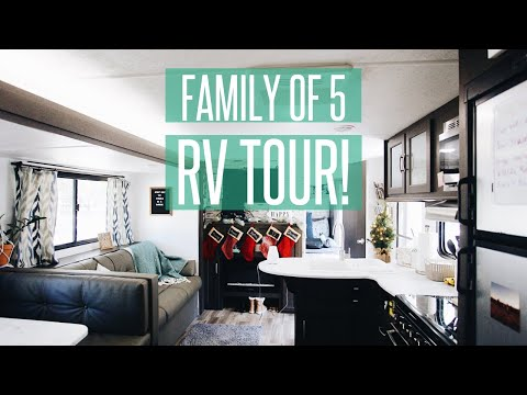 RV TOUR // HOW OUR FAMILY OF 5 LIVES IN A 300SQFT TRAVEL TRAILER // Full Time RV Family
