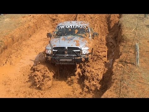 WOW!!! THATS DEEP MUD!!! BOUNTY HOLE AT MARDI GRAS 2014