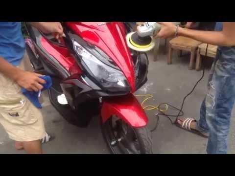 Đánh bóng xe máy phủ Nano
