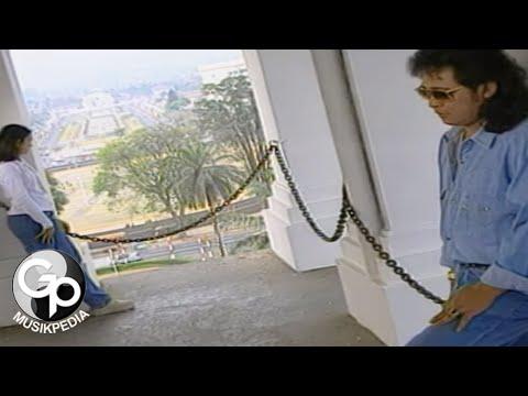 nafa-urbach---bandung-menangis-lagi-(official-music-video)
