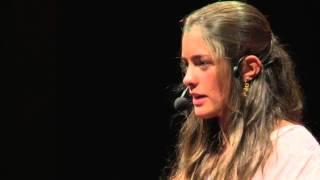 Uma visão jovem e inspiradora | Joana Leite de Castro | TEDxUCPPorto