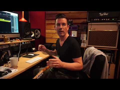 Pete Thorn using Line 6 HELIX RACK with amp